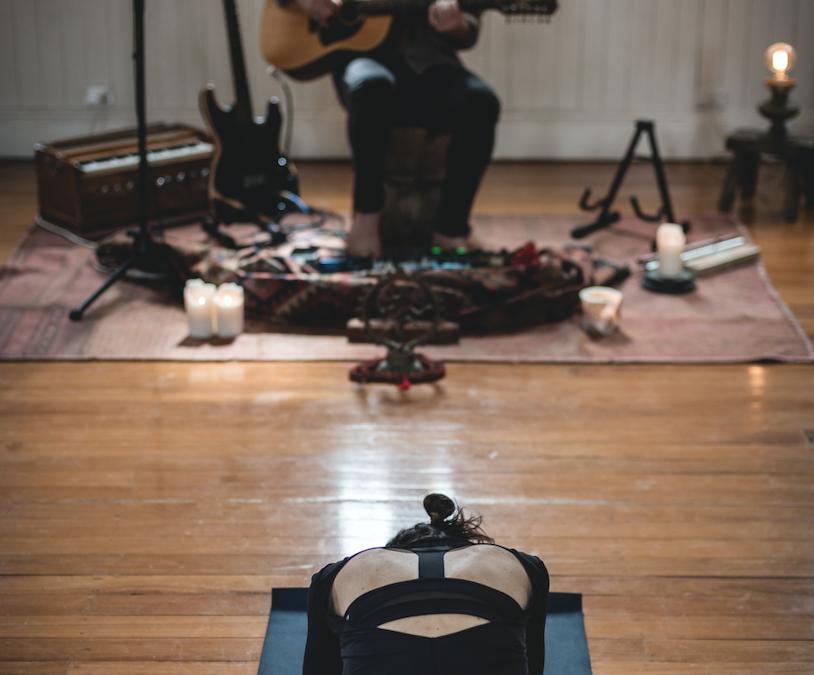 The Stillness of Winter: Sound Healing & Yin